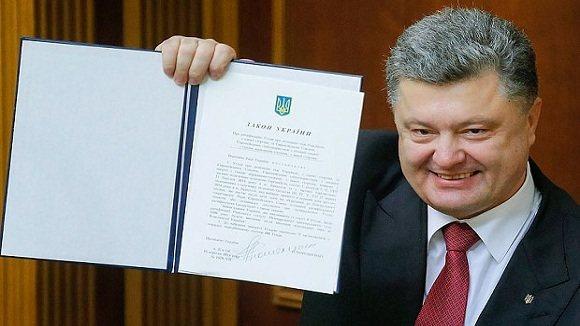 """Ukraine """"thấp thỏm"""" chờ EU mở cánh cửa miễn thị thực"""