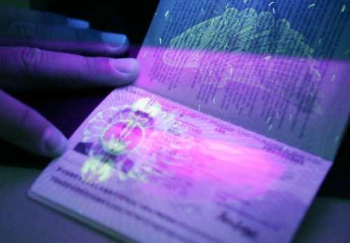 Chuyện về nguồn gốc các cuốn hộ chiếu trên thế giới